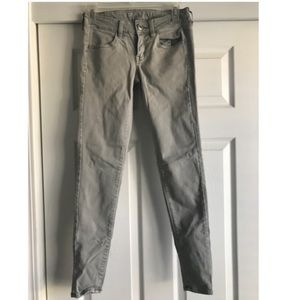Light Grey Low/Midrise American Eagle Jeans